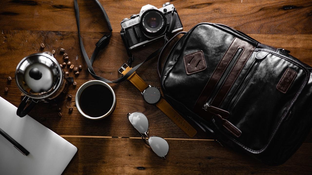 6 dicas de cuidados com a sua bolsa de couro (Foto de Leo Cardelli no Pexels)